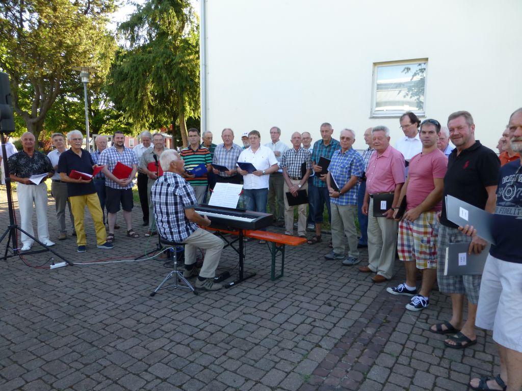 Gemeindeanzeiger 29-2015_Hockete Männerchor